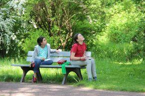 Schülerinnen des NSG Halle (Saale) im Botanischen Garten